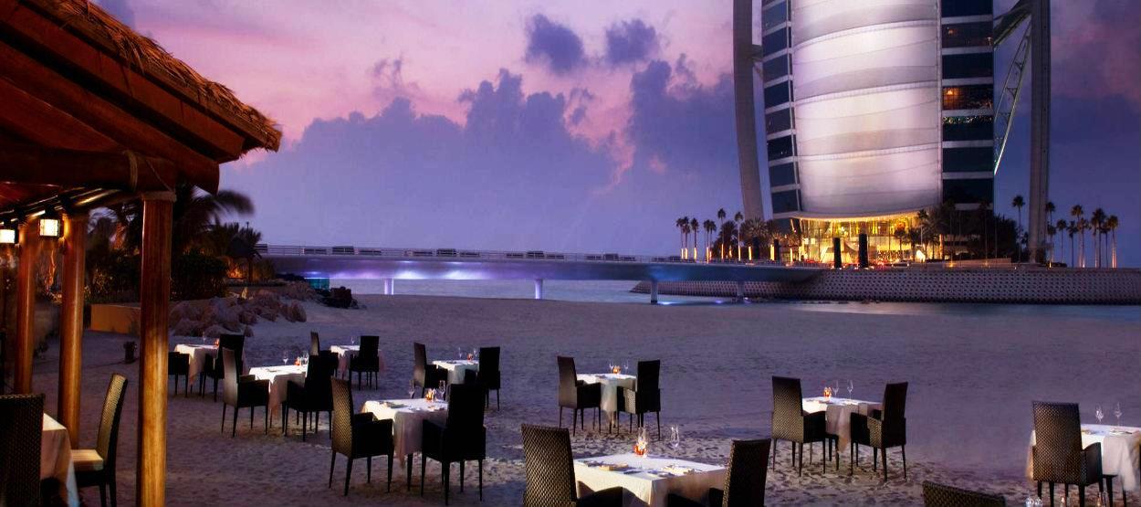 jumeirah-beach-hotel-villa-beach-alfresco-dining-hero